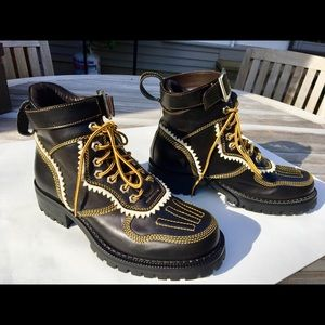 DSQUARE2 handmade high snow boots limited edition